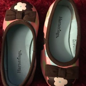 Girl's toddler's size 5 shoes! Heartstrings! Pink